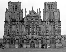 Wells Cathedral: Overcast in Black and White