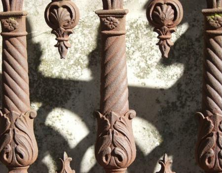 Gravesite fence