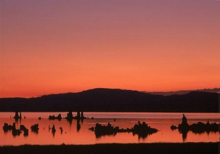 <b>Mono Lake Sunrise</b>
