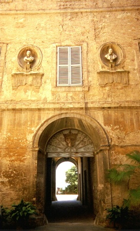 Siena Doorway