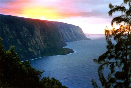 Waipio Sundown