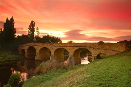 One Perfect Sunrise at Richmond Bridge