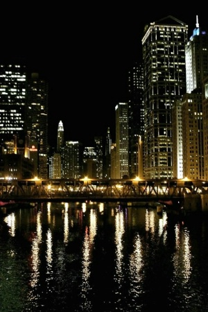 CHICAGO RIVER AT NIGHT - MULTI-SHARPEN