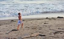 Ventura Beach Rom...