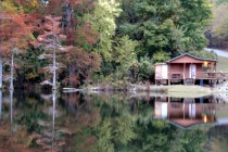Beavers Bend Fly Shop In Autumn Color
