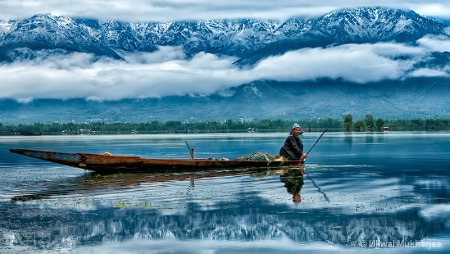 Fisherman in Dal Lake