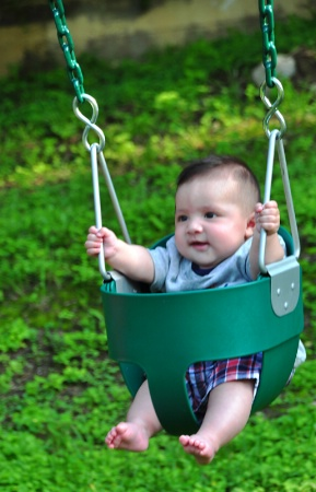 DIEGO AT THE PARK / 4 MONTHS OLD