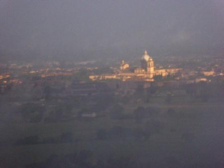 fogy morning in Tuscany
