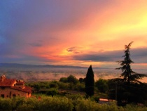 sunrise in Tuscan...