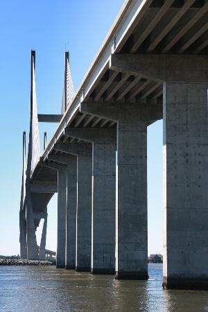 Lanier Bridge
