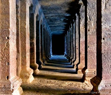 Pillar Corridor