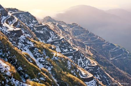 Winding Road of Zuluk