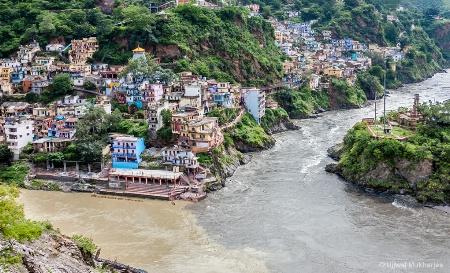 Devaprayag River Confluence
