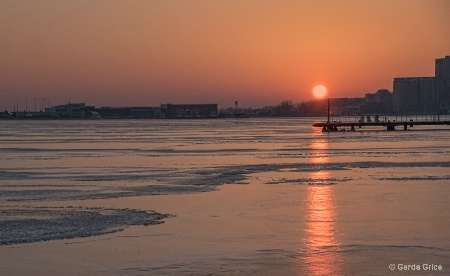 A Harbourfront Winter Sunset