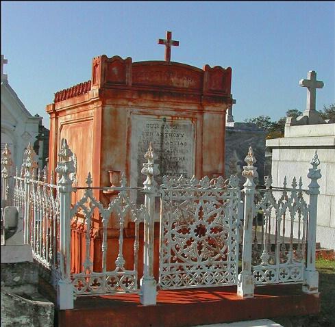 Cemetery Tour Photograph 2