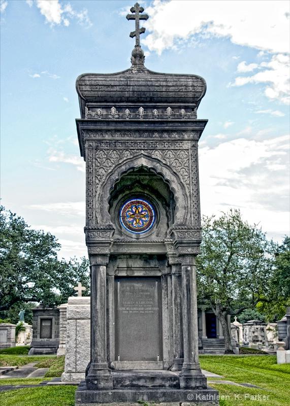 Larendon Tomb, Metairie Cemetery