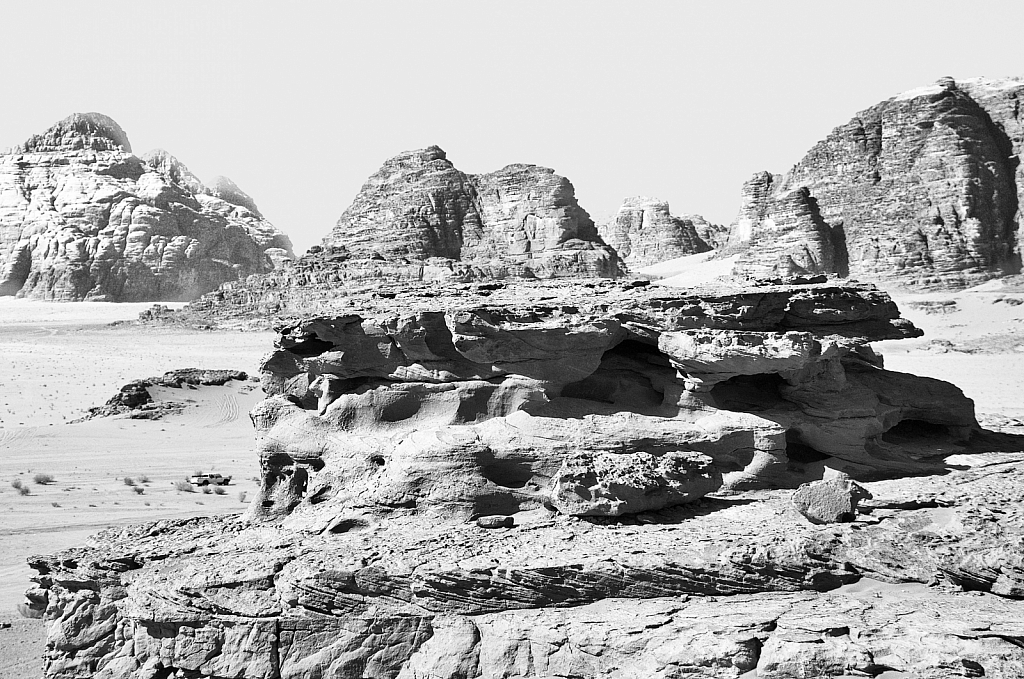 Roch formation at Wadi Rum in BW
