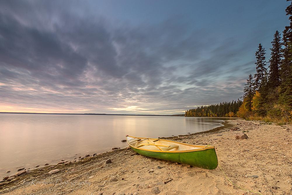 Canoe on Kingsmere Lake