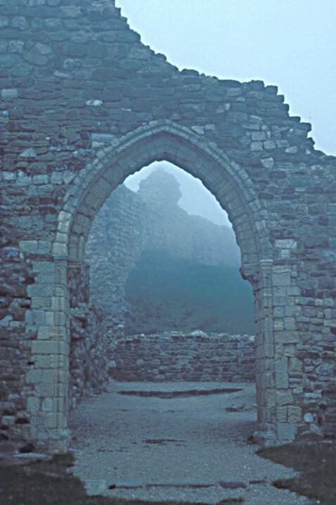CA-003 Castle Archway - ID: 647886 © Kristina Morgan