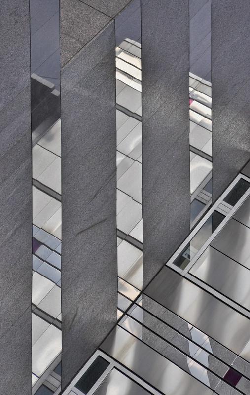 Geometric Illusions - ID: 8090563 © Gerda Grice
