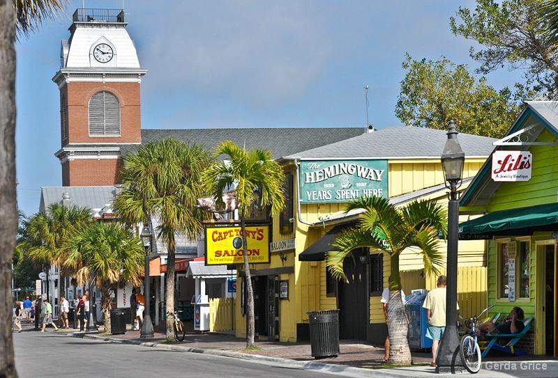 Key West Streetscape - ID: 8276435 © Gerda Grice