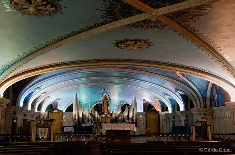 Chapel of St Anne de Beaupre Basilica - ID: 11196749 © Gerda Grice