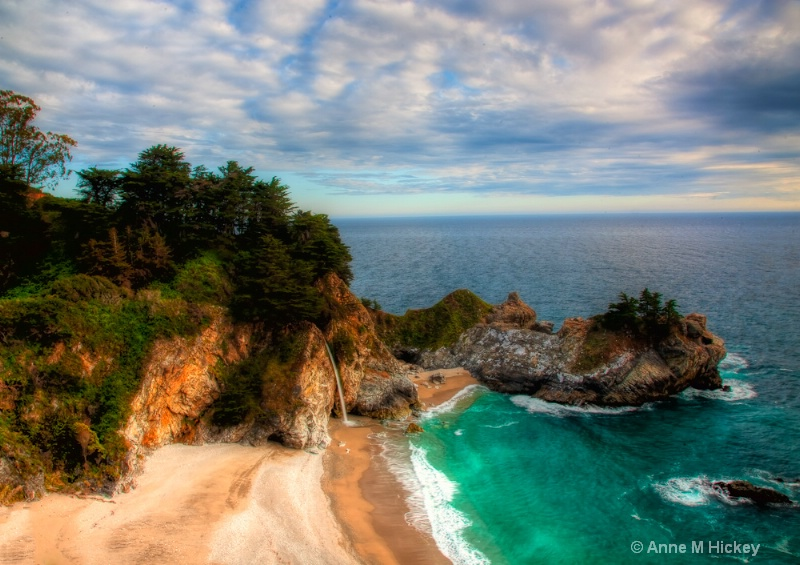 McWay Falls - ID: 11936417 © Anne Marie Hickey