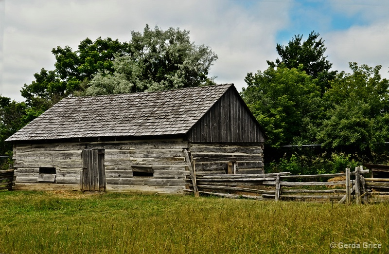Barn in Fanshawe Pioneer Village - ID: 12578580 © Gerda Grice