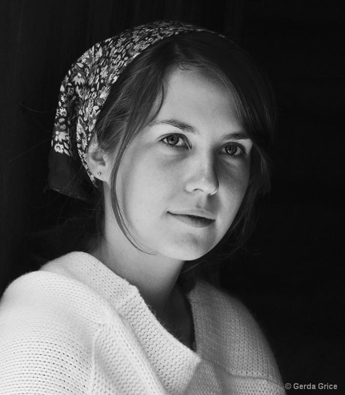 Young Pioneer Woman, Fanshawe Pioneer Village - ID: 12578584 © Gerda Grice