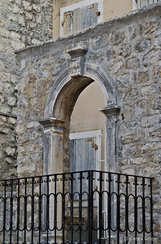Gate and Entry Way, Kotor, Montenegro - ID: 13440975 © Gerda Grice