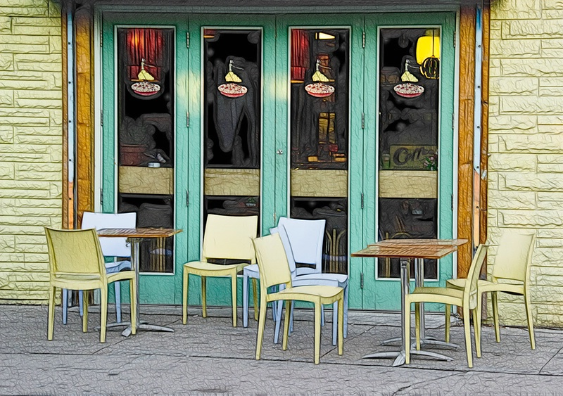 Sidewalk Seating - ID: 13877033 © Gerda Grice