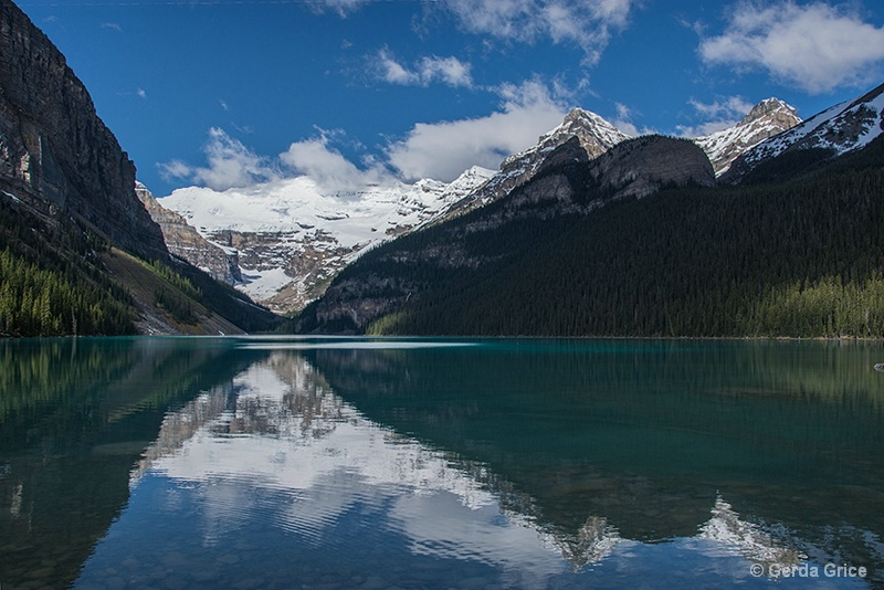 Reflections on Lake Louise, Alberta, Canada - ID: 13952937 © Gerda Grice