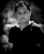 Portrait of BetterPhoto Member - KYAW SOE LATT