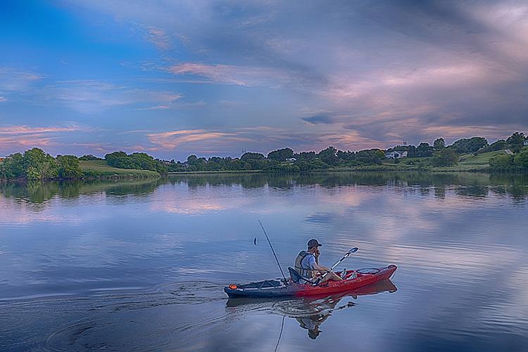 Summer 19 6349 - ID: 15756164 © Raymond E. Reiffenberger