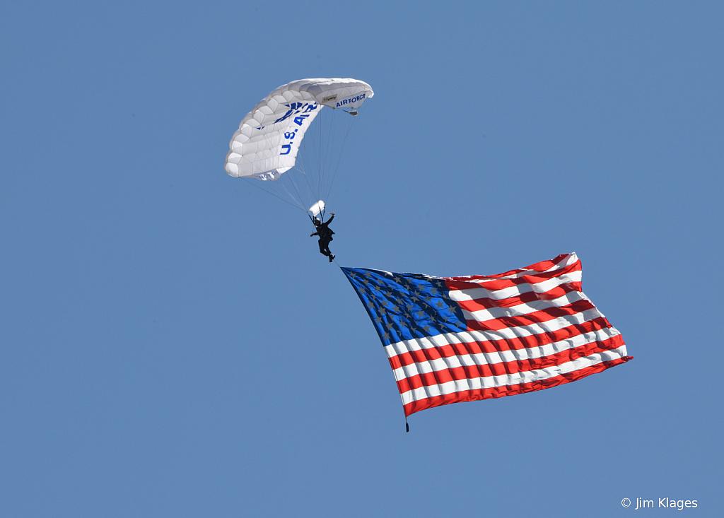 USAFA Wings of Blue Parachute Team - ID: 15792033 © Jim Klages
