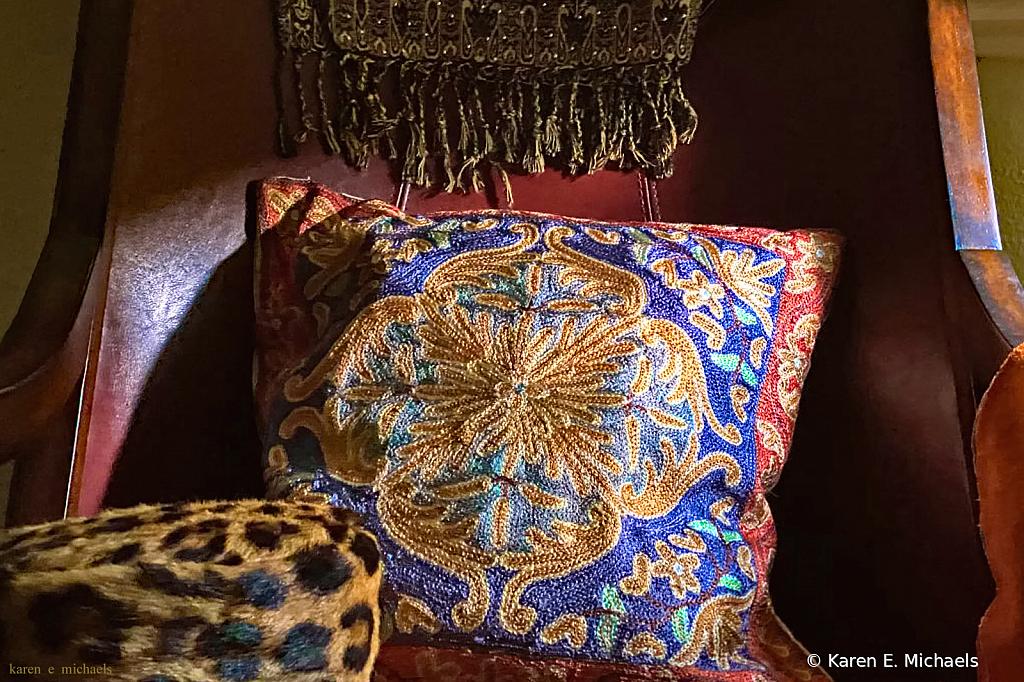 pillows on chair - ID: 15830779 © Karen E. Michaels