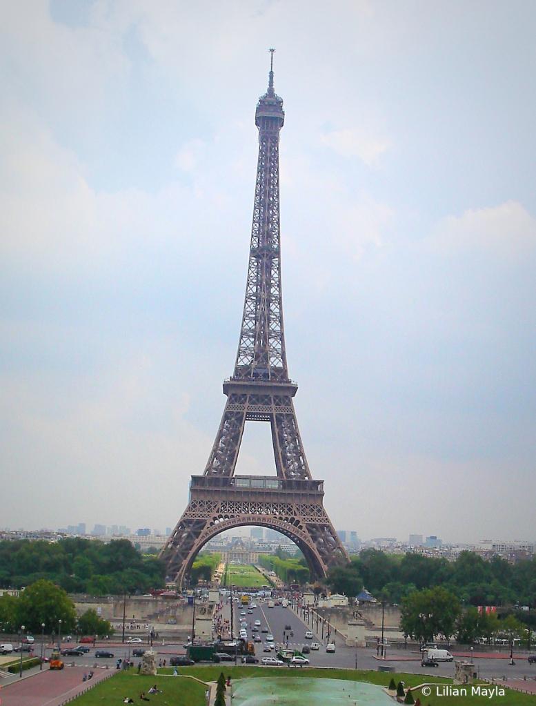 Eiffel Tower, Paris, France - ID: 15834434 © Nada Mayla