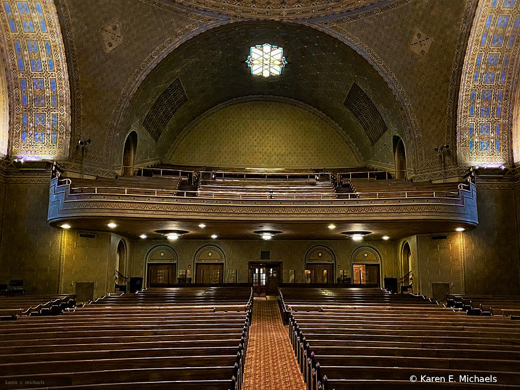 seats available - ID: 15861683 © Karen E. Michaels