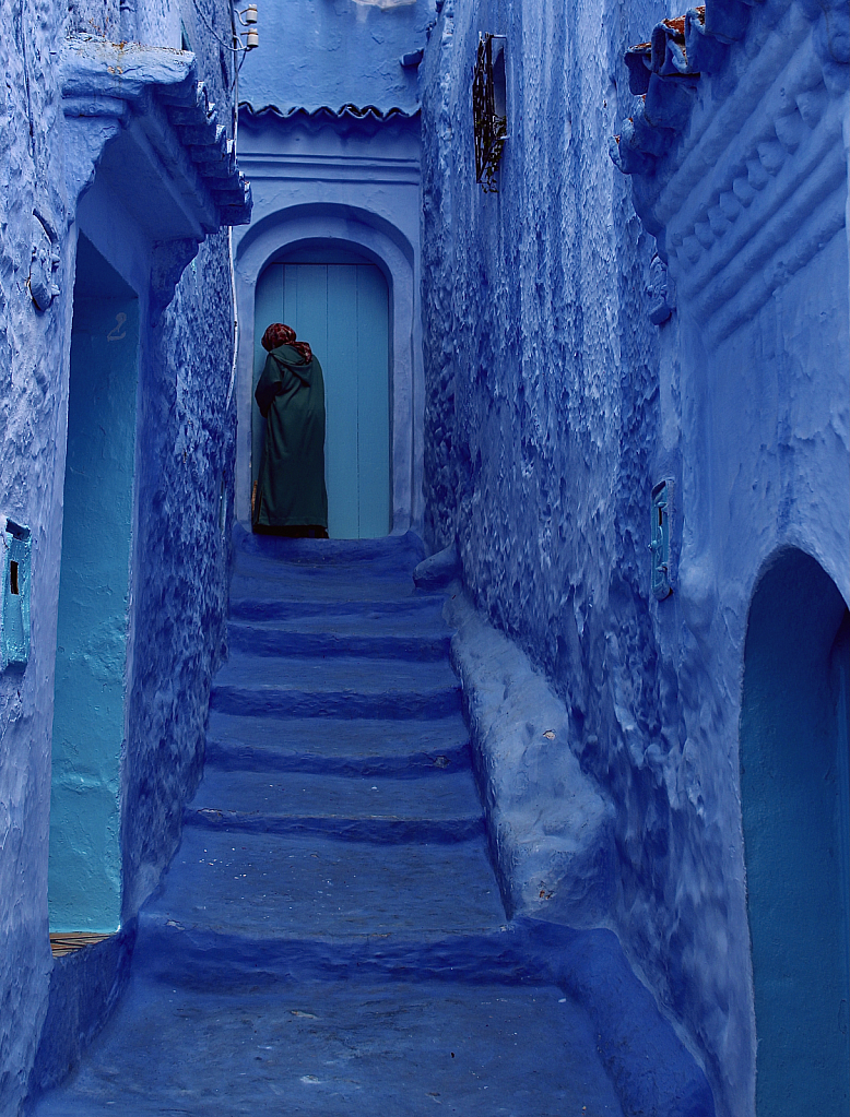 Green Kaftan in the Blue City