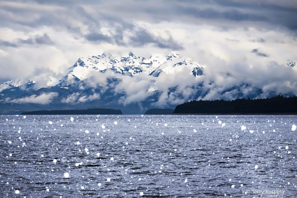 Alaska Inside Passage - ID: 15878201 © Terry Korpela