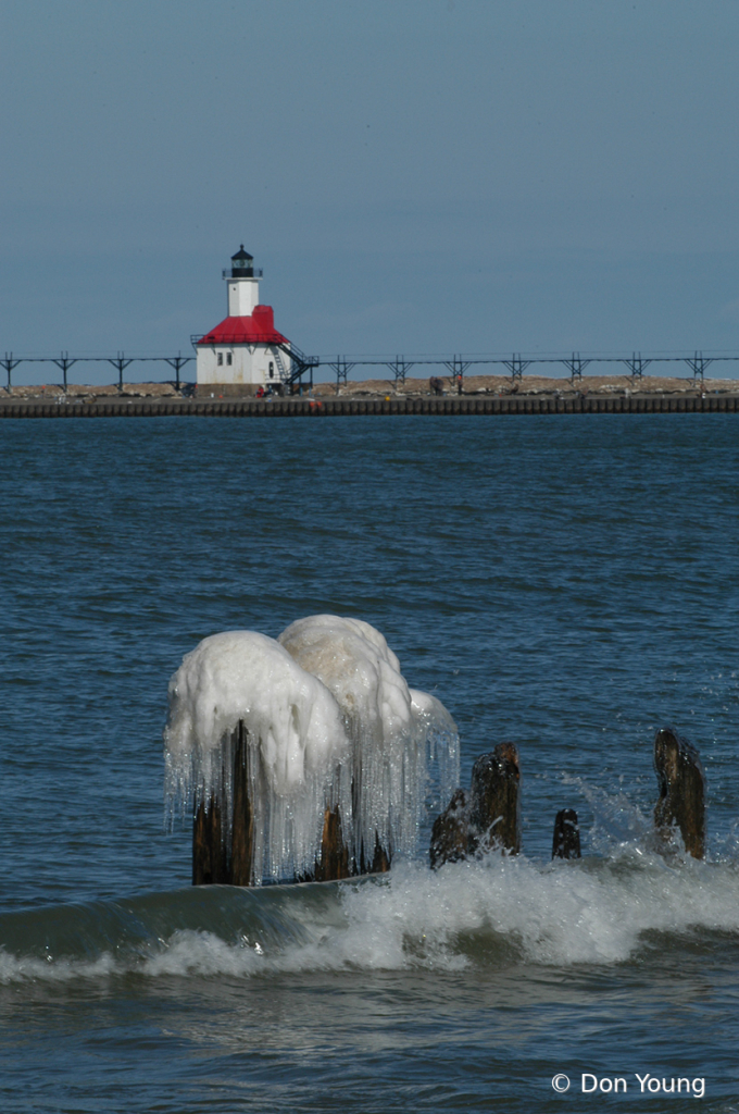 Cold Day  - ID: 15883670 © Don Young