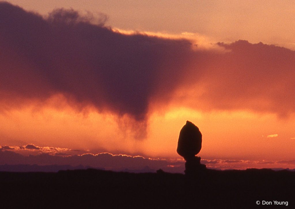 Sunset At Balanced Rock - Arches NP - ID: 15900096 © Don Young