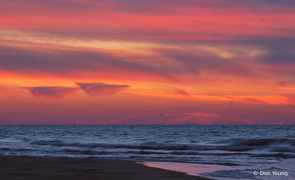 Lenticular Clouds Over Lake Michigan - ID: 15920923 © Don Young