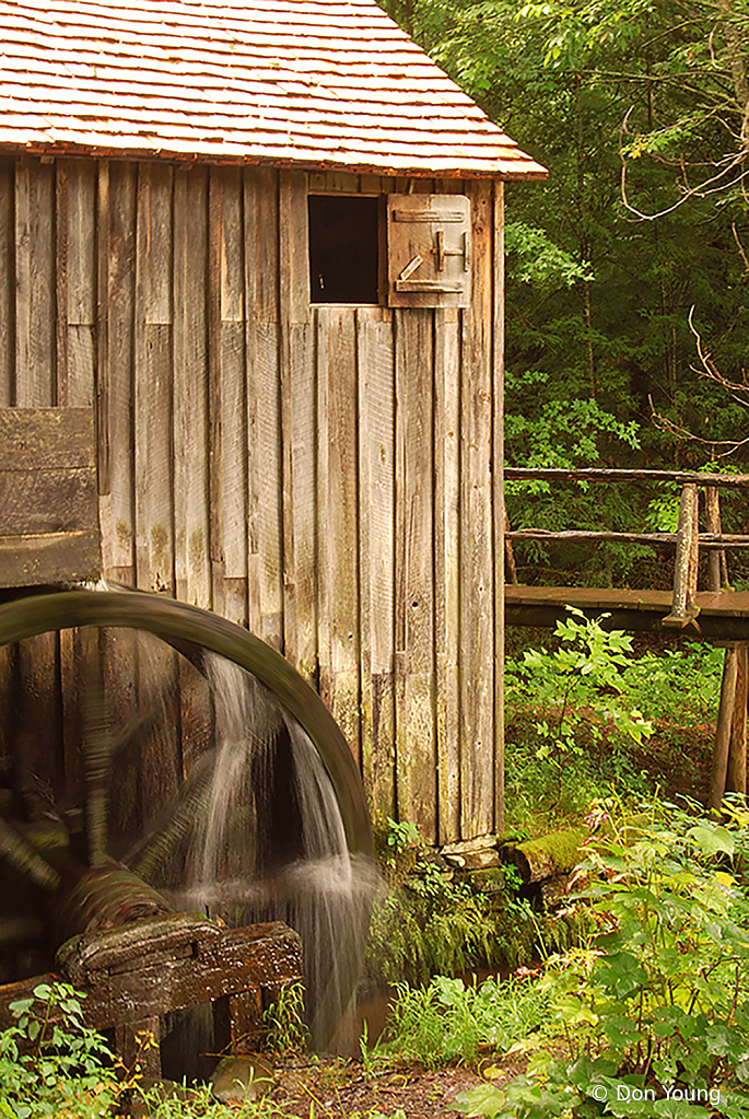 Cable Mill - ID: 15925902 © Don Young