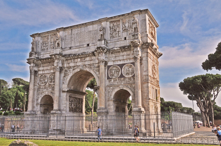 1,706 Year Old Arch of Constantine (Rome)