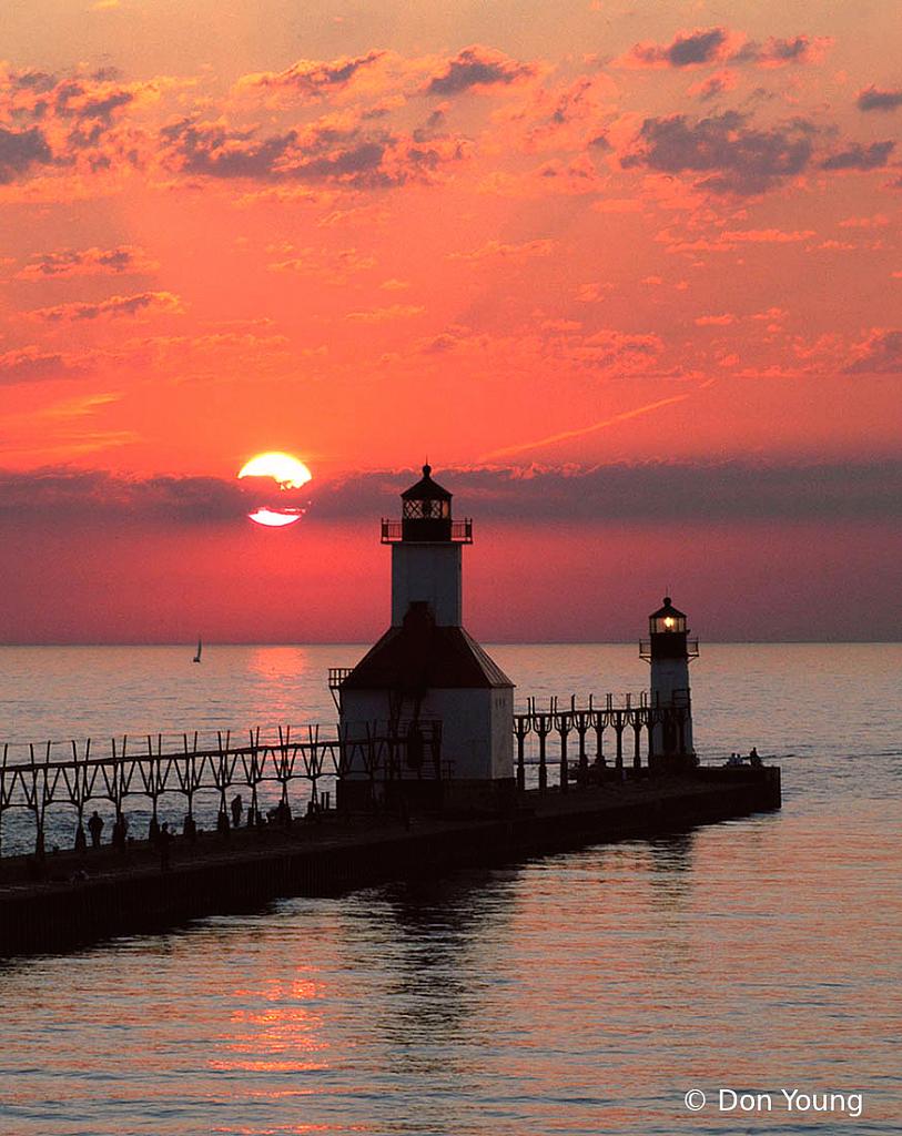 St. Joe Sunset - ID: 15936183 © Don Young