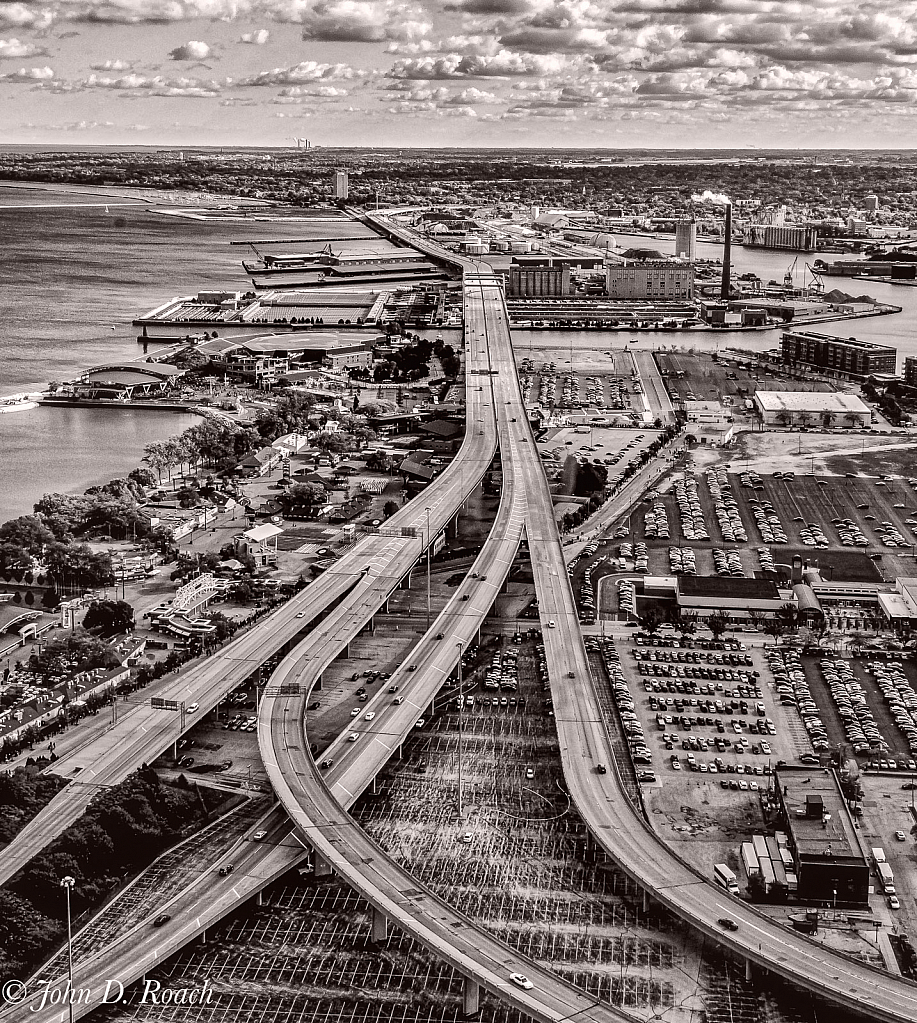 Industrial Milwaukee - ID: 15942615 © John D. Roach