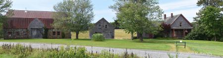 A Farm in Maine, Pano