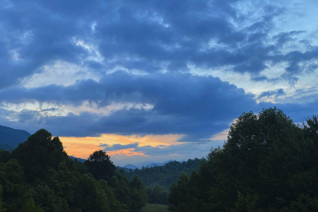Cloudy Sunrise over Flag Pond