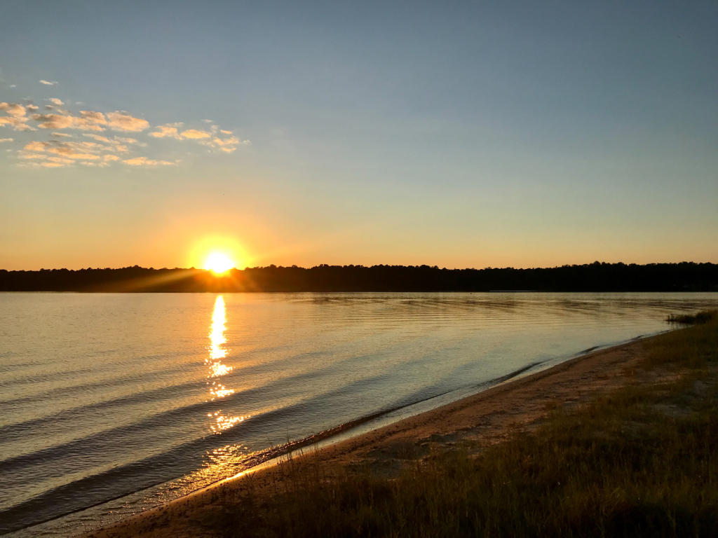 Peaceful shore  - ID: 15951627 © Elizabeth A. Marker